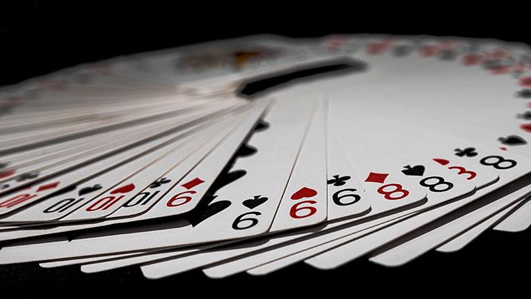 Aturan Yang Harus Anda Ikuti Saat Bermain Live Casino